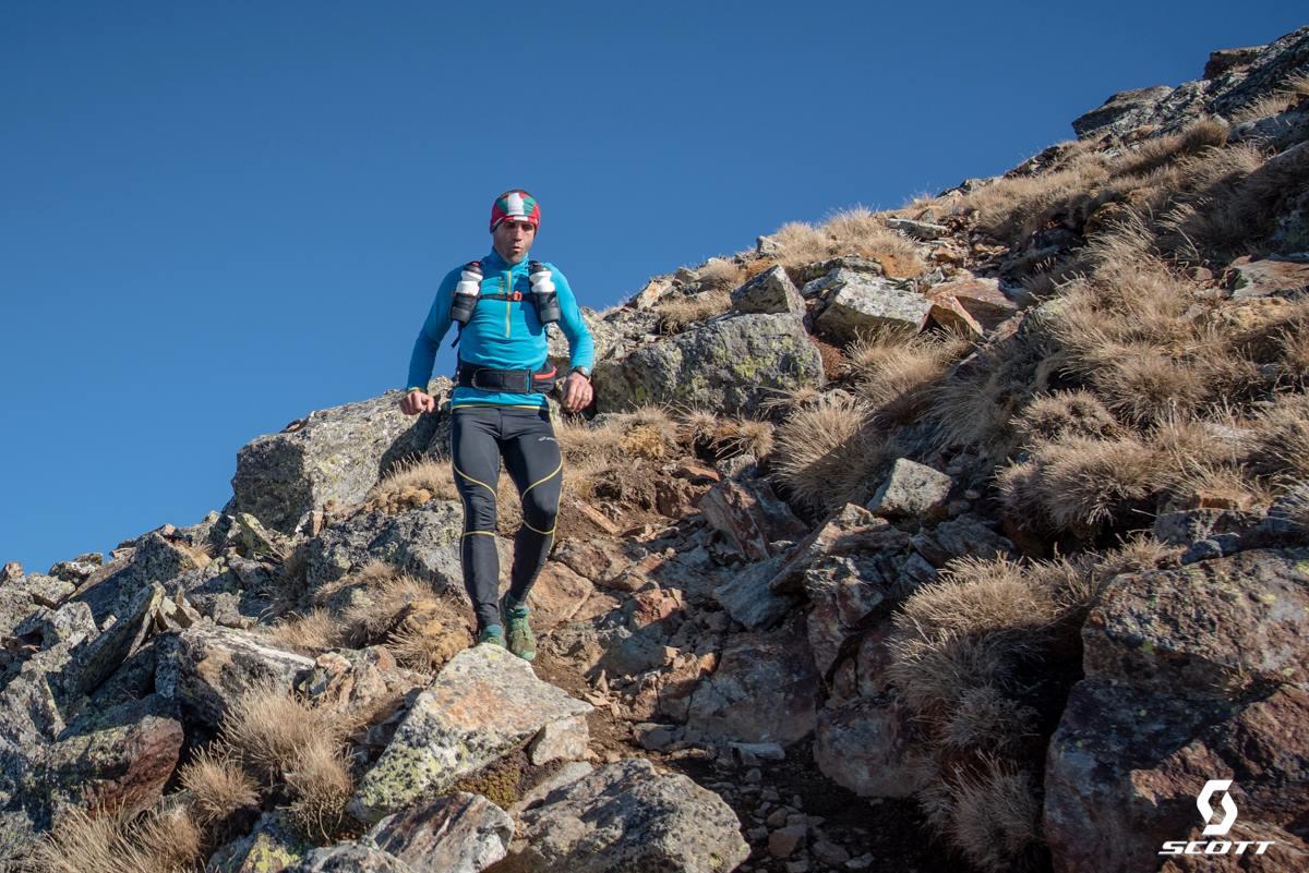 Seběh ze 3. vrcholu, tam a zpět - tady jsem získal přesný přehled o dění.
