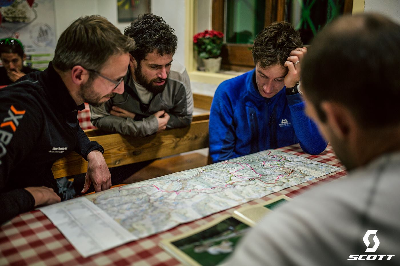 Proper study of the map in advance usually pays off. [This image is not from Spine Race, but from Els 2900].
