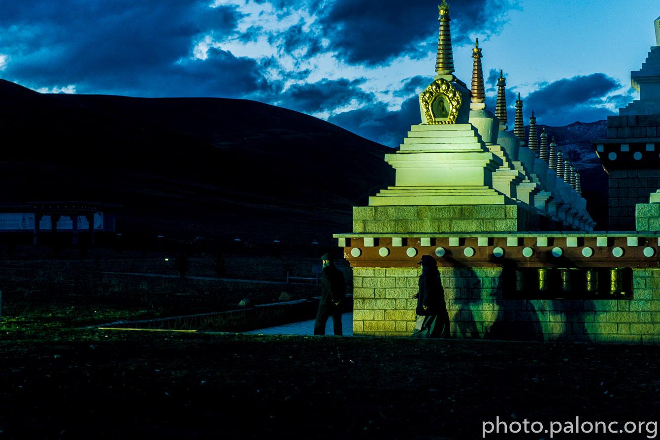 Noční Daocheng