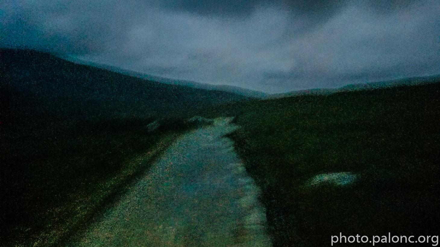 Cestou ze Snowdonu se rozednívá.