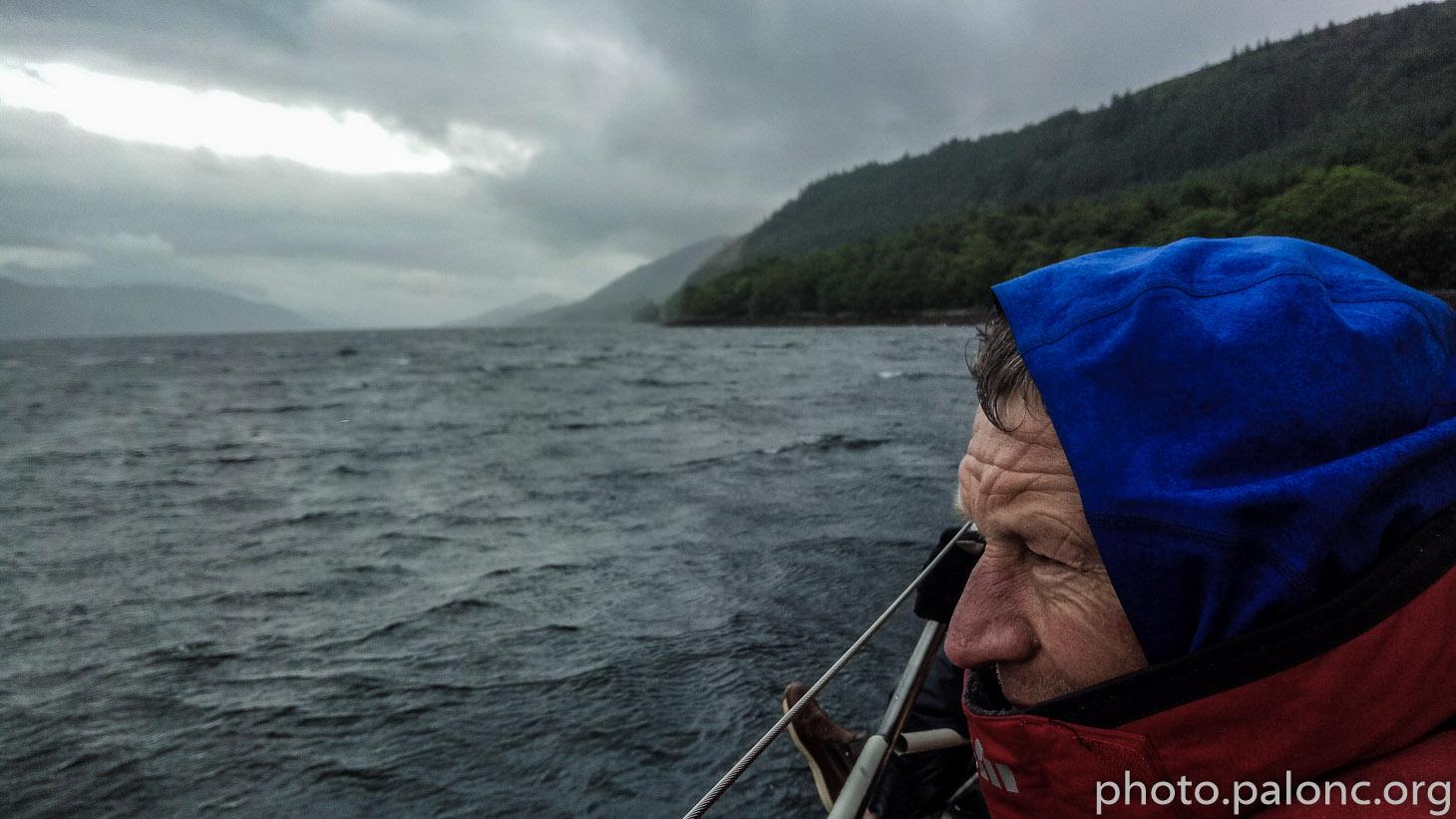 Netrpělivě a taky trochu větrně vyhlížíme hranu Lochu.
