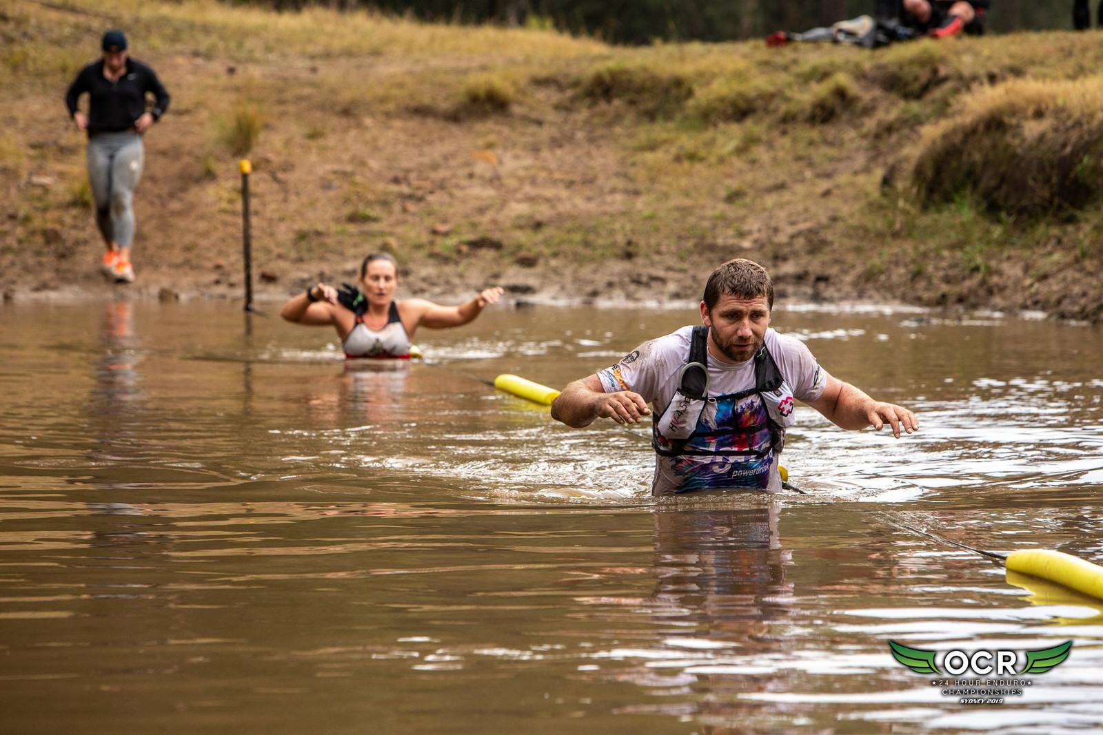 Voda nás měla nejspíš rozhodit, ale nakonec to bylo dost příjemné osvěžení